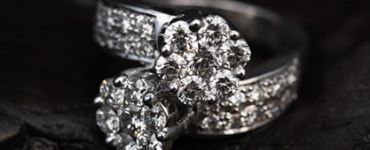 Engagement-diamondset-learnmore-1.jpg